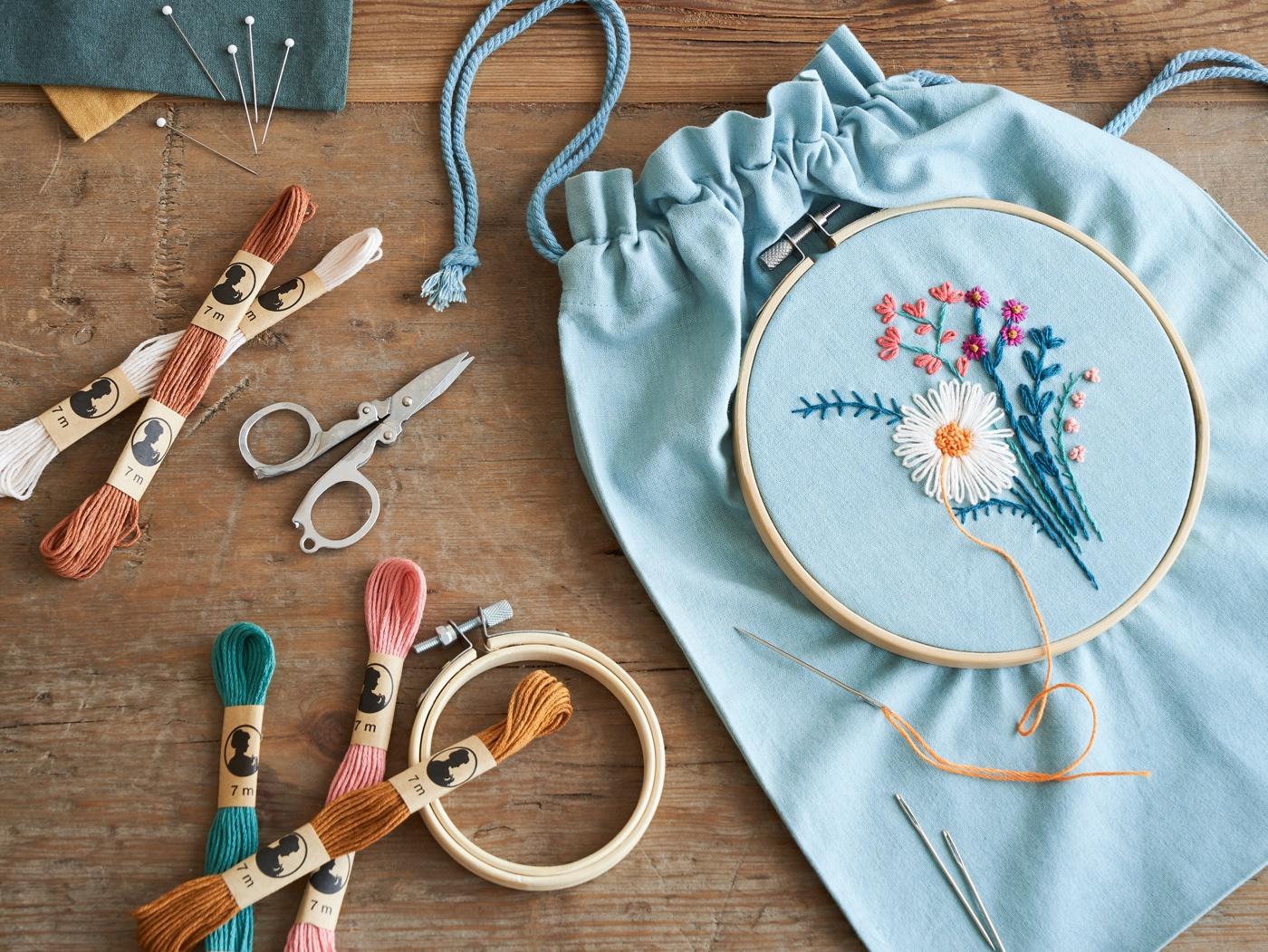 DIY-2020-embroidered-flower-bouquet-3-v1.jpg